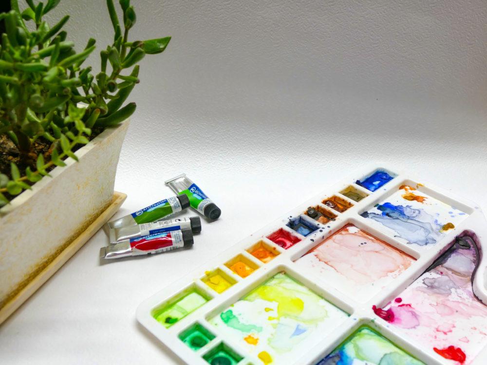 Paleta na akvarelové farby